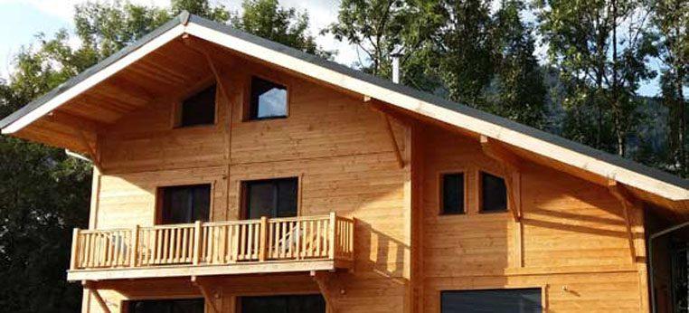 Maison en ossature bois à Morillon par Piron Charpente